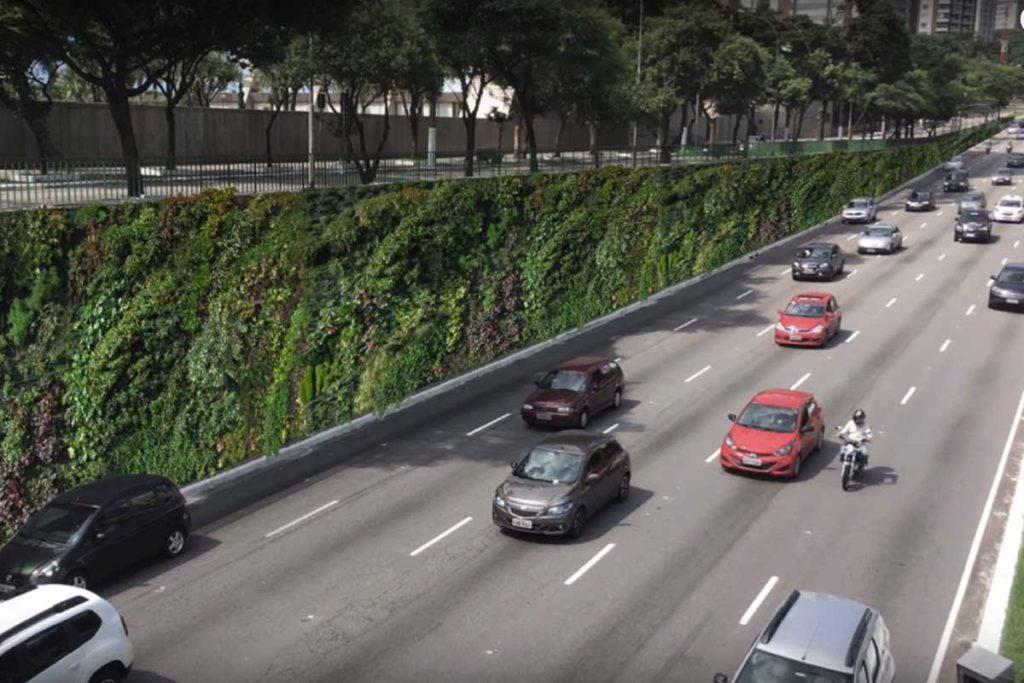 Los 10 jardines verticales más impresionantes del mundo (Corredor verde de la Avenida 23 de mayo en Sao Paulo)