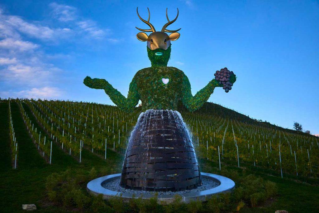 André Heller: Arte paisajista en grandes dimensiones - La diosa de la Tierra