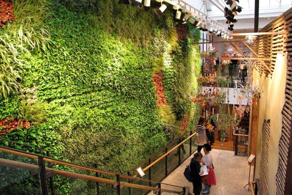 Jardines verticales de España y Europa (Jardín de la tienda Anthropologie en Londres)