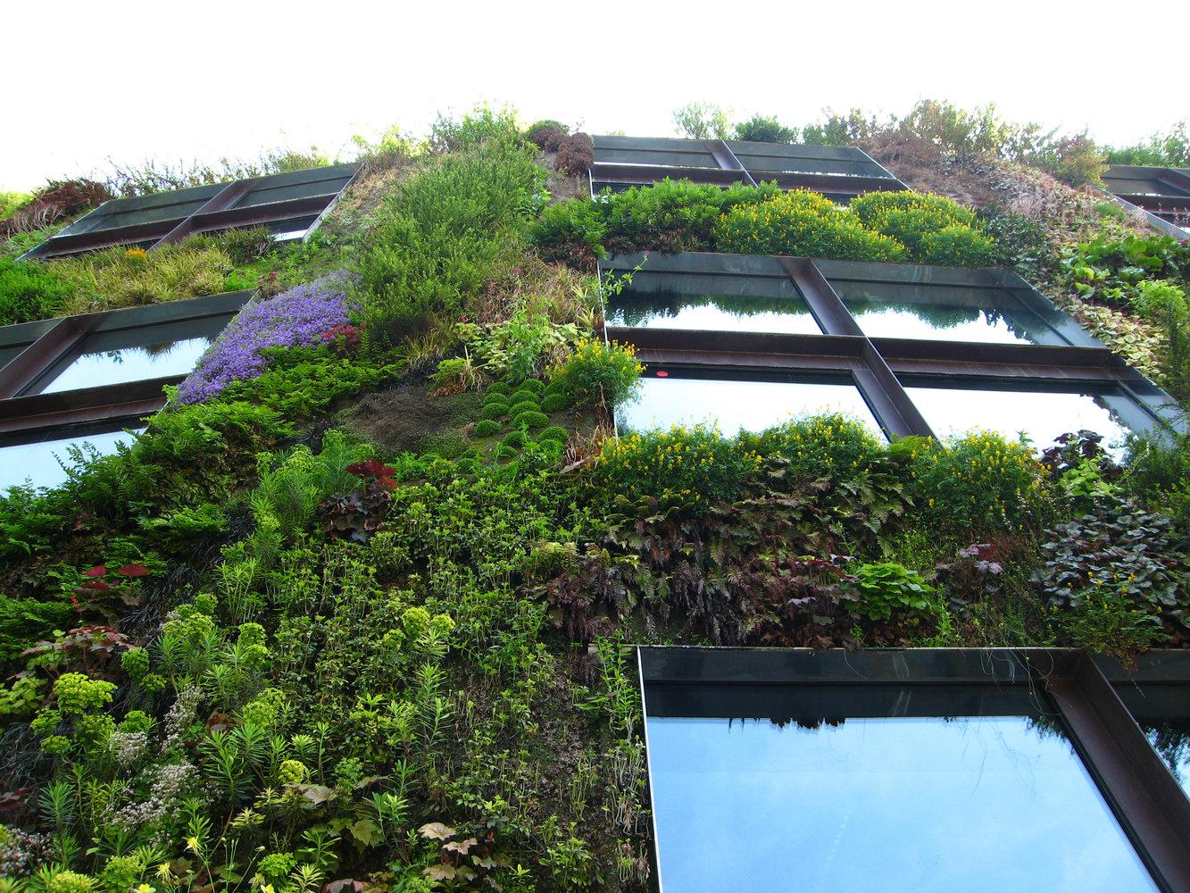 Jardín vertical de Quai Branly - Paisajismo Digital